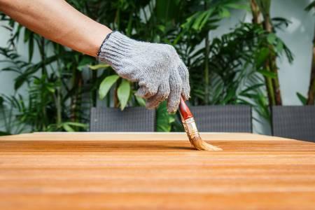 pittura per legno colorificio tocco
