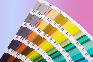 linea pantone e mazzetta colori